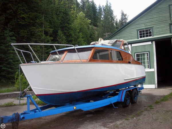 Used Martinac 27 Express Cruiser Boat For Sale