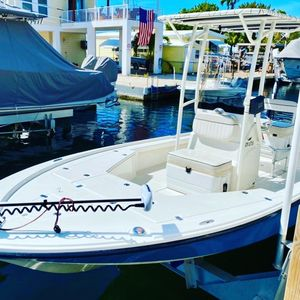 Used Mako LTS Center Console Fishing Boat For Sale