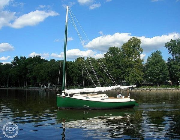 Used Marshall 22 Racer and Cruiser Sailboat For Sale