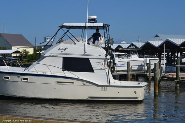 Used Hatteras 37 Convertible Sportfish Flybridge Sports Fishing Boat For Sale