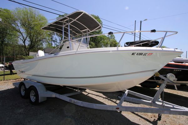 Used Key Largo 2100 Walk IN Center Console Fishing Boat For Sale