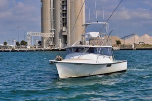 Used Morgan 31 Express Cruiser Boat For Sale