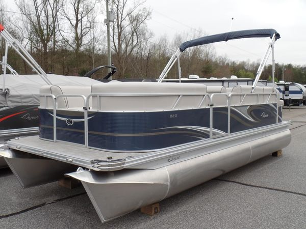 New Qwest LE 820 LANAI Pontoon Boat For Sale