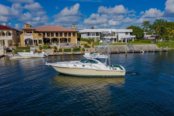 Used Pursuit 3800 Express Sports Fishing Boat For Sale
