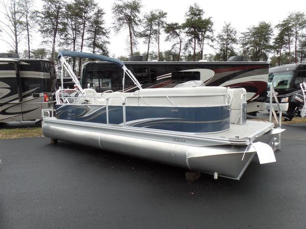 New Qwest LE 822 LANAI Pontoon Boat For Sale