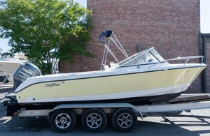 Used Edgewater 205 Express Ski and Fish Boat For Sale