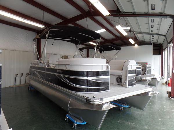 New Qwest Avanti 825 Lanai Executive DS Bar Pontoon Boat For Sale