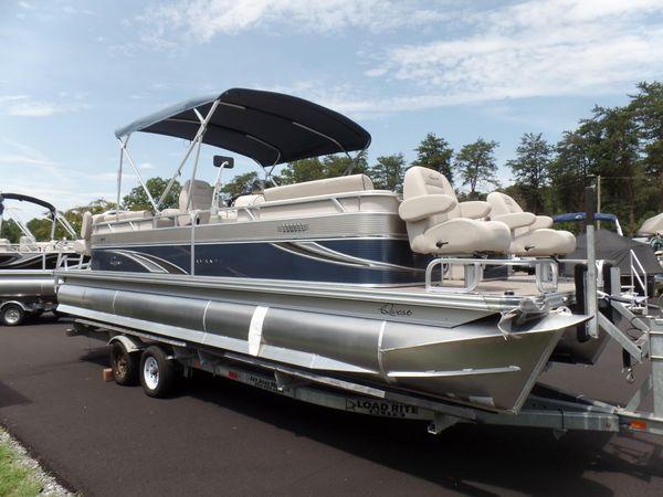 New Qwest AVANTI 823 RLS FISHTAIL Pontoon Boat For Sale