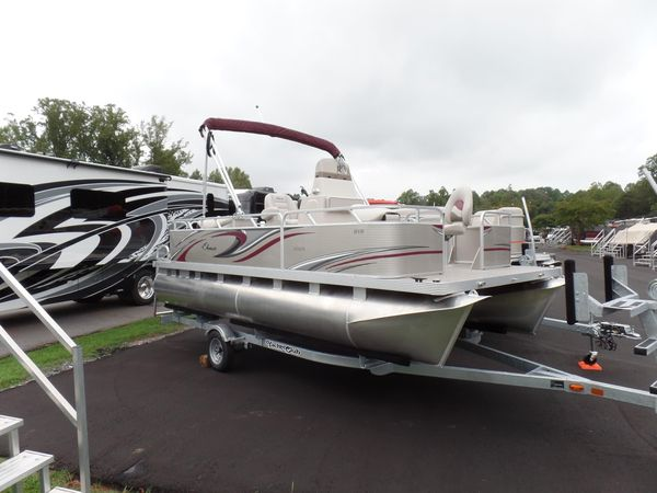 New Qwest Edge 818 4-Point Fish Pontoon Boat For Sale