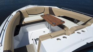 Used Cruisers Sport Series 328 CX Bowrider Boat For Sale