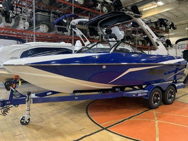 New Malibu Wakesetter 21 VLX Cruiser Boat For Sale