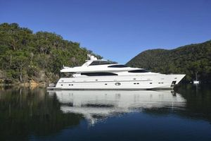 Used Horizon 97 Motoryacht with Raised Pilothouse and Skylounge Motor Yacht For Sale