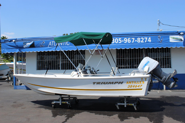 Used Triumph 170 DC Saltwater Fishing Boat For Sale