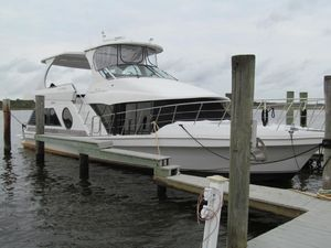 Used Bluewater 5200 Custom Motoryacht Motor Yacht For Sale