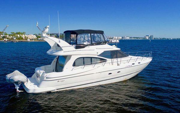 Used Cruisers Yachts 5000 Sport Sedan Flybridge Boat For Sale