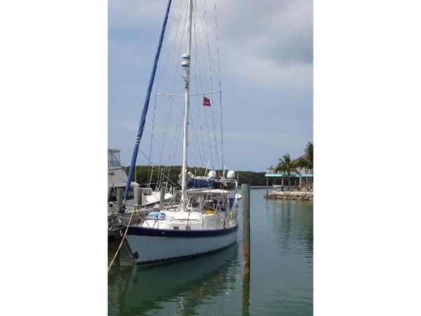 Used Antigua CSY 44 Cruiser Sailboat For Sale