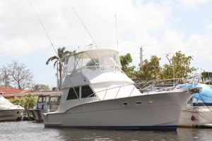 Used Hatteras Convertible Fishing Boat For Sale