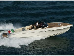 Used Offshore Yachts SUPER CLASSIC Runabout Boat For Sale