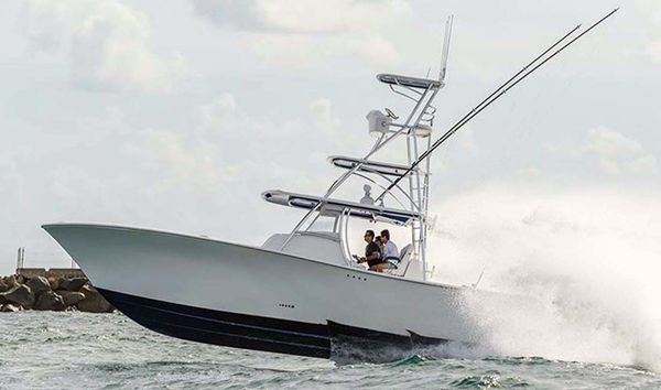 New Front Runner 39 Center Console Center Console Fishing Boat For Sale