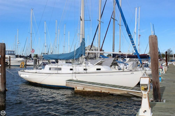 Used Morgan 35 Racer and Cruiser Sailboat For Sale