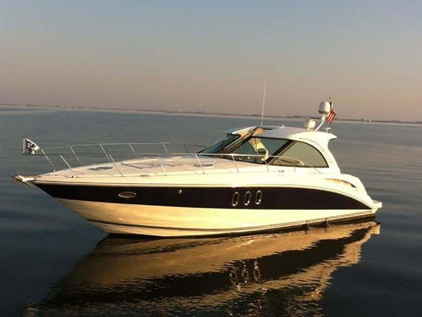 Used Cruisers Yachts 390 Coupe Express Cruiser Boat For Sale