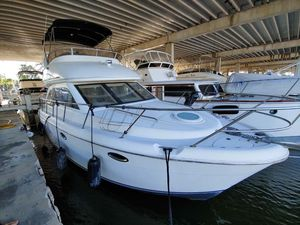 Used Meridian 341 Sedan Flybridge Boat For Sale