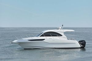 New Dyna Yachts Express Cruiser Boat For Sale