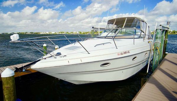 Used Larson 330 Cruiser Boat For Sale