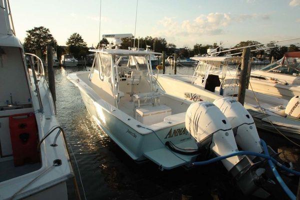 Used Jarrett Bay 32 Semi-Custom Saltwater Fishing Boat For Sale