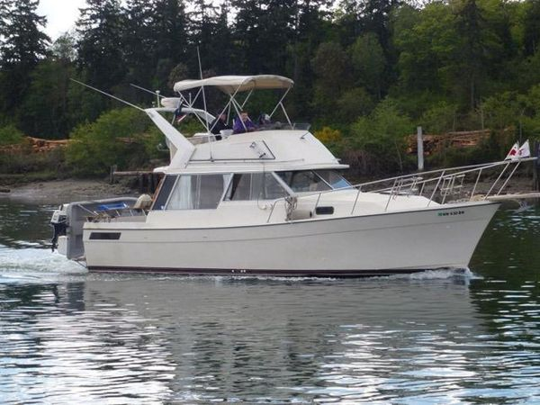 Used Bayliner 3270 Sports Cruiser Boat For Sale