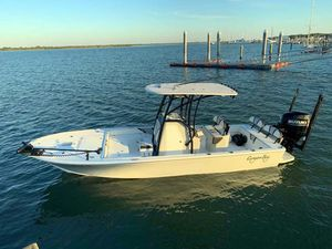 Used Canyon Bay 24h Center Console Fishing Boat For Sale