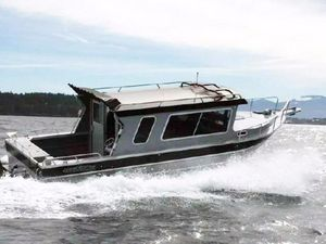 Used Thunder Jet Pilothouse Boat For Sale