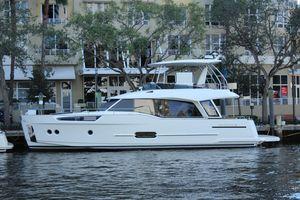 New Greenline 48 Hybrid Motor Yacht For Sale