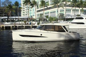 New Greenline 39 Hybrid Motor Yacht For Sale