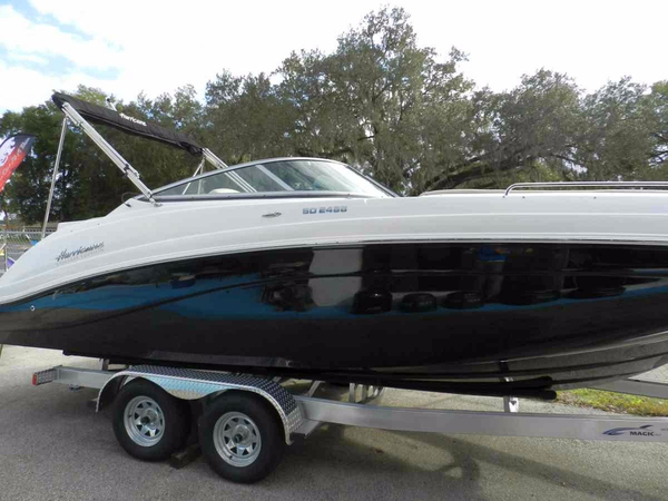 New Hurricane SunDeck 2486 OB Deck Boat For Sale