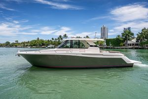 Used Tiara Yachts 44 Express Cruiser Boat For Sale