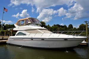 Used Maxum 4600 SCB Cruiser Boat For Sale