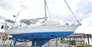 Used Hylas 44 Center Cockpit Sloop Sailboat For Sale