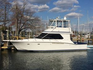 Used Chris-Craft 392 Commander Sports Fishing Boat For Sale