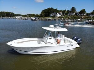 Used Regulator 25 Center Console Center Console Fishing Boat For Sale