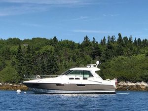 Used Cruisers Yachts 48 Cantius Cruiser Boat For Sale