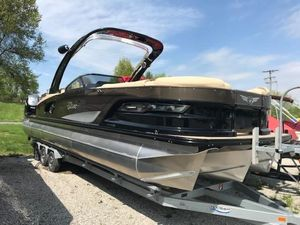 Used Tahoe Grand 2725 Pontoon Boat For Sale