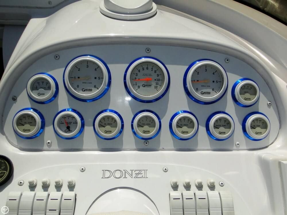2004 Used Donzi 38 ZX Daytona High Performance Boat For Sale