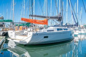 New Hanse 388 Cruiser Sailboat For Sale