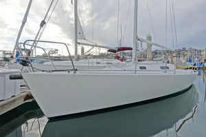Used J Boats 105 Racer Sailboat For Sale