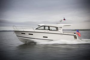 New Nimbus 305 Cruiser Boat For Sale