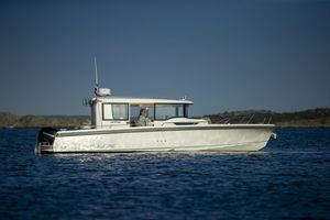 New Nimbus C9 Express Cruiser Boat For Sale