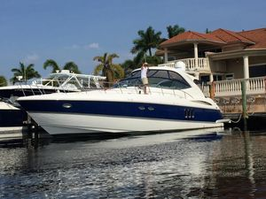 Used Cruisers Yachts 500 or 520 Express Cruiser Boat For Sale