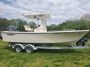 Used Parker 23SE Center Console Fishing Boat For Sale