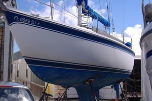 Used Cal 31 Cruiser Sailboat For Sale